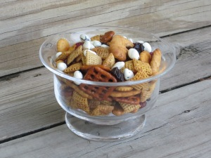 dinosaur chex mix
