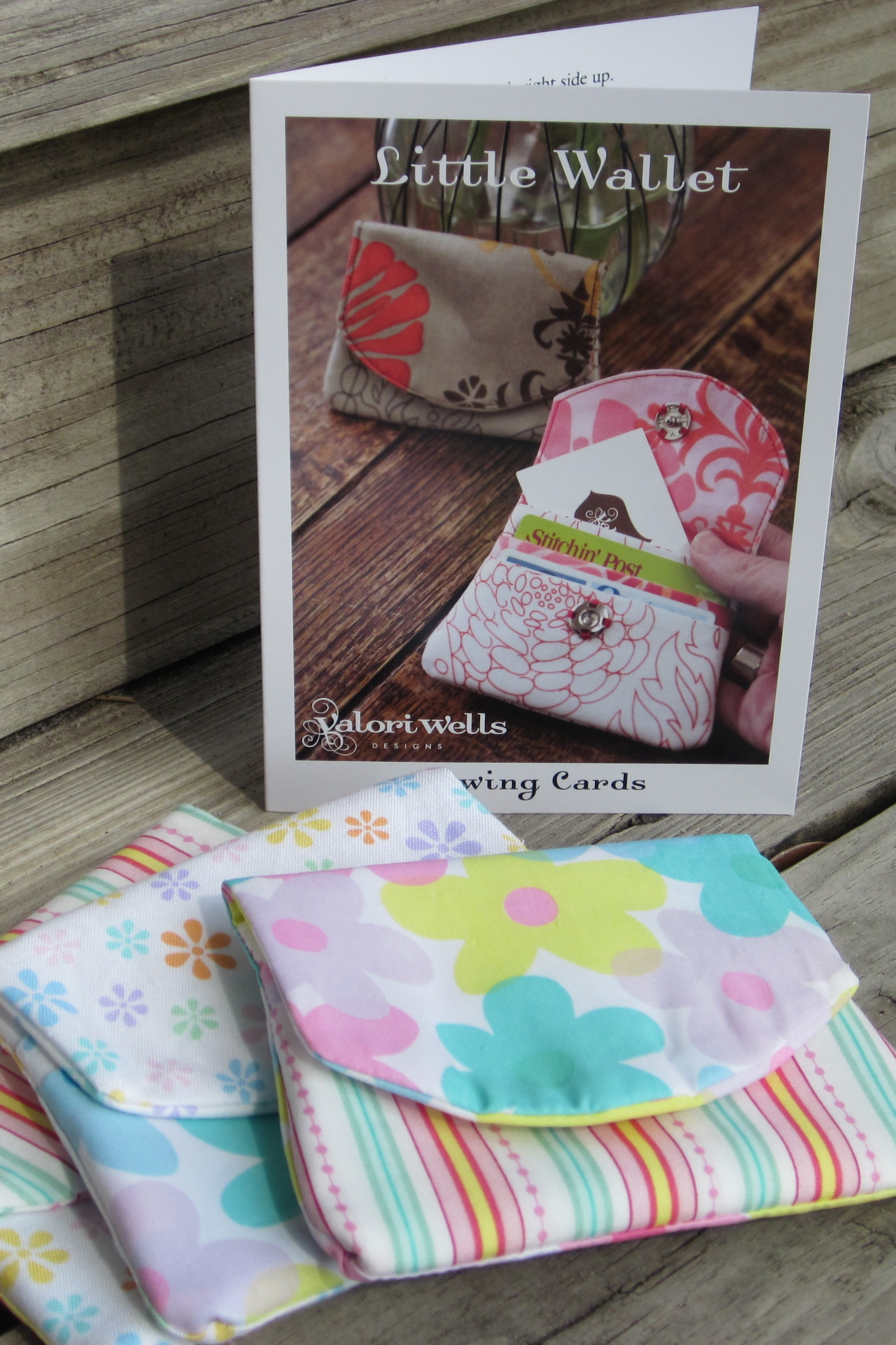 Gift card wallet theroommom the wallet i found these sewing jeuxipadfo Choice Image