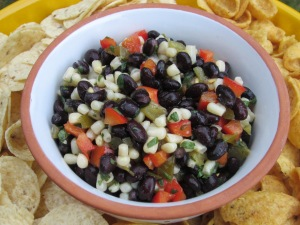 black bean salsa sip close