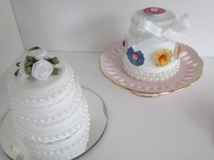 American Girl 2 Wedding Cakes