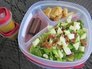 fried chicken salad w dressing