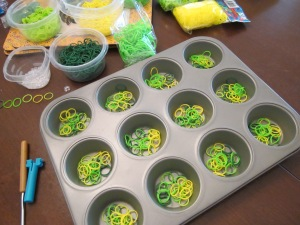 rainbow loom sorting