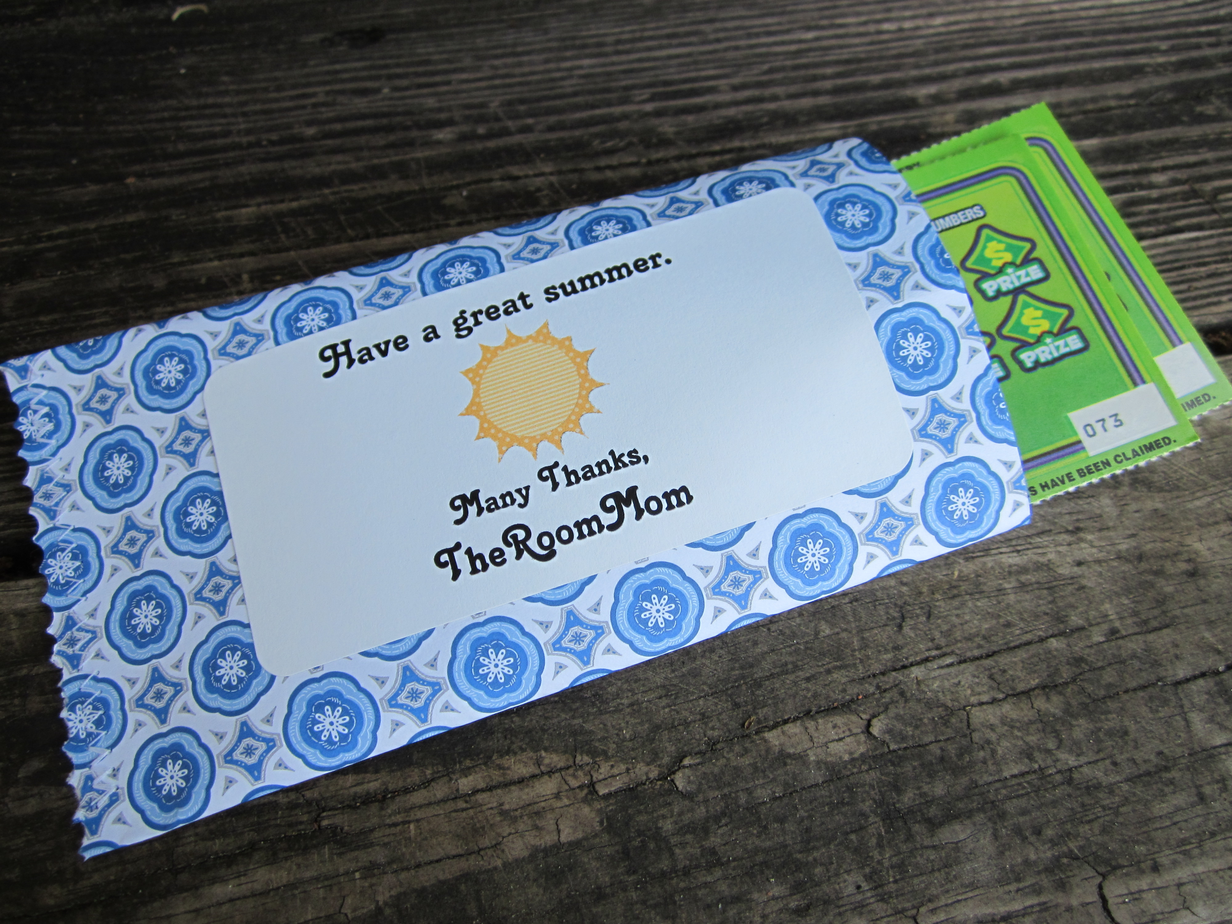 scrapbook paper envelopes | theroommom