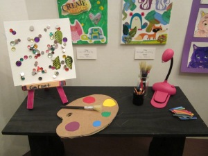 art gallery artist table