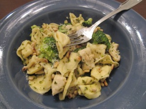 tortellini with chicken and pesto