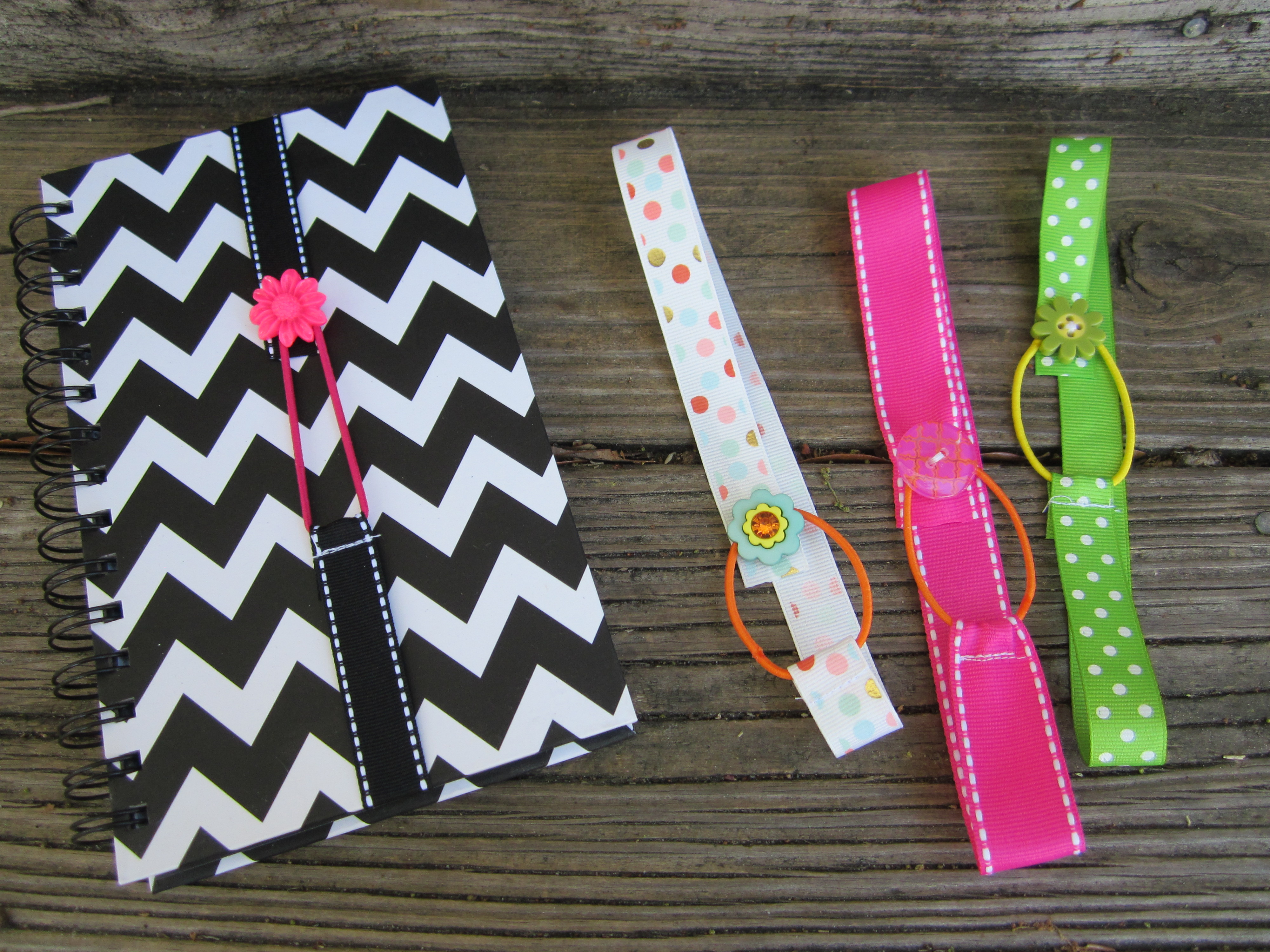 Scrapbook ideas using ribbon - Ribbon Bookmark Group