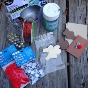 reindeer-food-materials