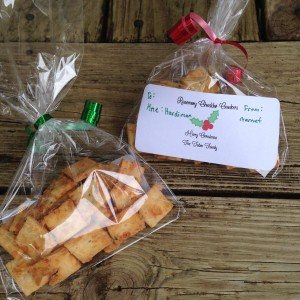 cheese-crackers-gift-bags-front-and-back-2